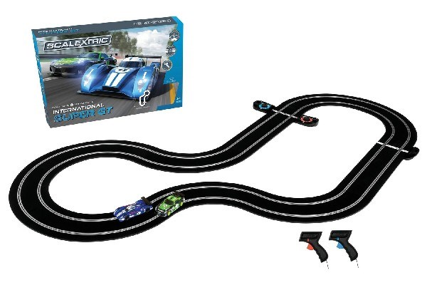 INTERNATIONAL SUPER GT SCALEXTRIC SET